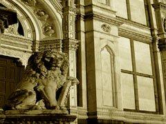 Santa Croce-Lion